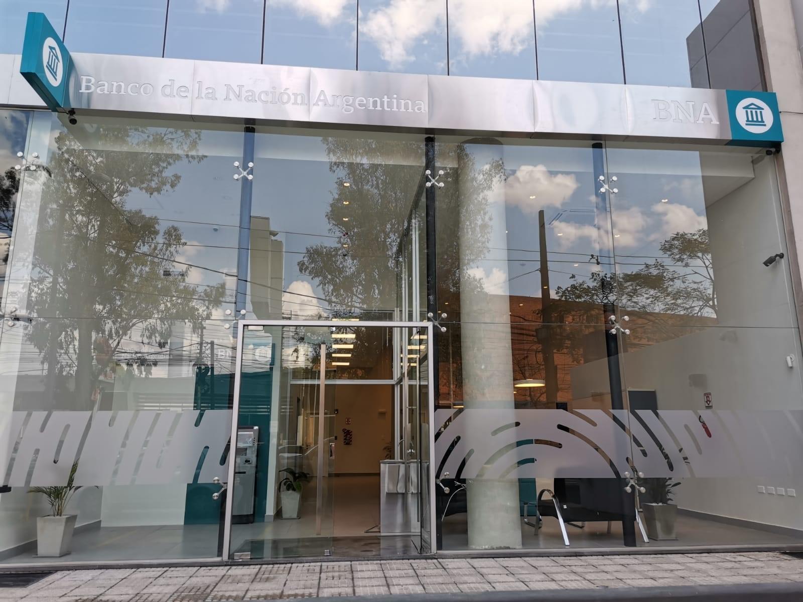 Banco Nación abrió una nueva sucursal en Asunción(Paraguay).